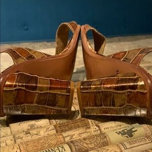 Stuart Weitzman Vintage slingback mock croc bronze